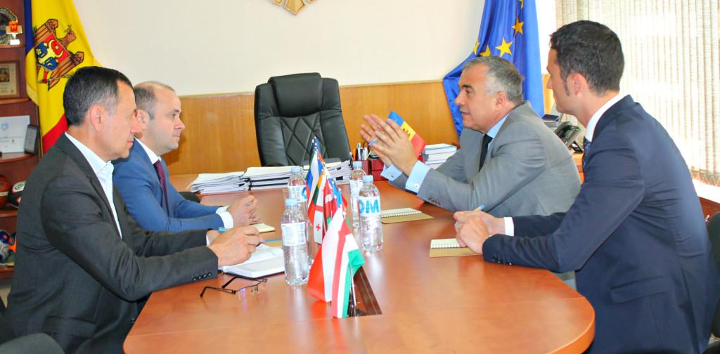 Incontro presso Ministero della Giovent%C3%B9 e dello Sport della Rep. Moldova 1024x504 Le relazioni fra Italia e Repubblica Moldova passano anche da Predazzo