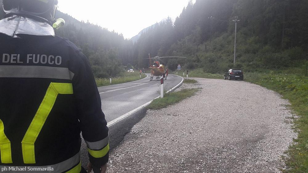 frana ss 48 a forno 6.8.17e Chiusa la SS 48 per caduta massi tra Forno e Mezzavalle