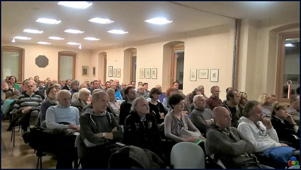 platea aula magna predazzo 1024x580 La Giunta Comunale ha incontrato i cittadini di Predazzo