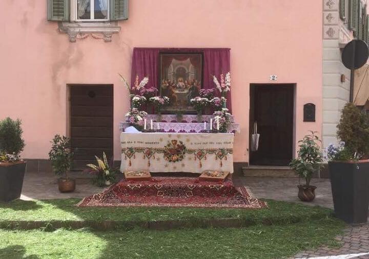 altare piazza corpus domini 2018 by Luisa Monsorno Avvisi Parrocchie 3/10 giugno   Foto Corpus Domini