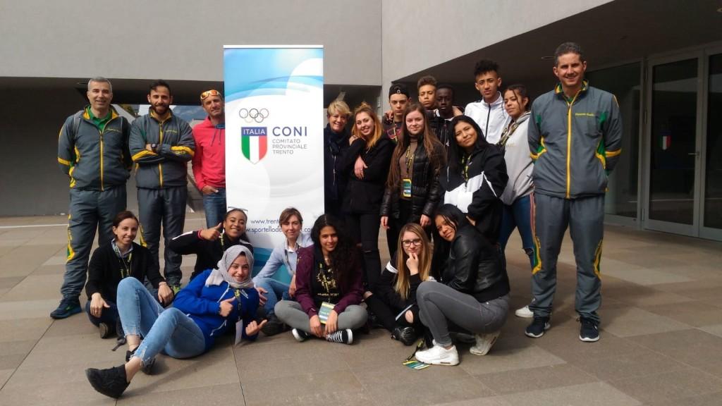 Foto di gruppo presso sede CONI trentino 1024x576 A Predazzo il secondo Campus Fiamme Gialle 2019