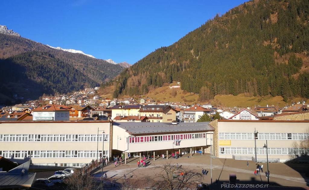 scuola elementare predazzo 1024x629 Inizia la Scuola, il saluto della nuova Dirigente Elisabetta Pizio e augurio dei genitori agli insegnanti