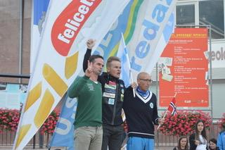 Mondiali Master di salto speciale in Val di Fiemme3 Il predazzano Diego Dellasega vince il titolo mondiale Master di salto speciale sui trampolini di casa