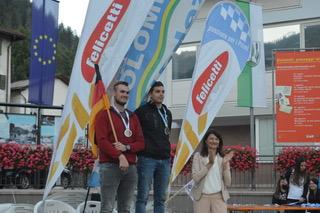 Mondiali Master di salto speciale in Val di Fiemme6 Il predazzano Diego Dellasega vince il titolo mondiale Master di salto speciale sui trampolini di casa